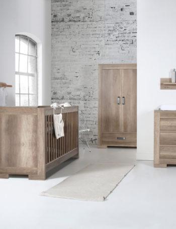 Kidsmill Brent Babykamer Oldwood | Bed Incl. Lade 70 x 140 cm + Commode + Kast 2-Deurs