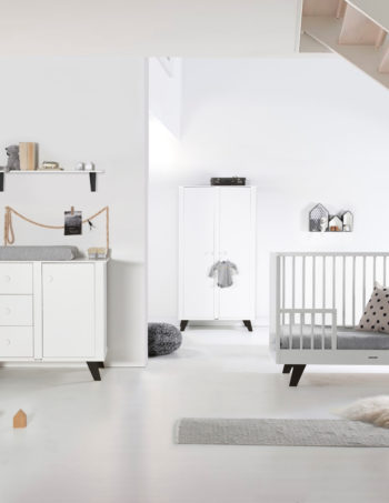 Kidsmill Lars Babykamer Wit / Zwart | Bed 60 x 120 cm + Commode + Kast